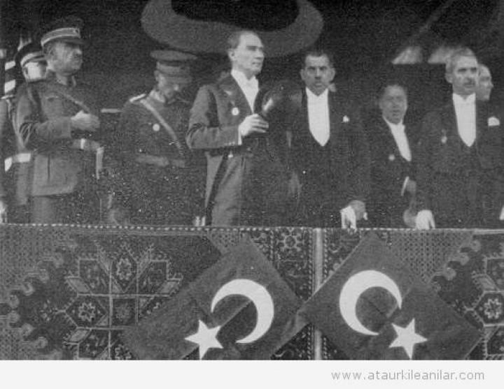 Atatürk'ün cumhuriyet ile ilgili anıları